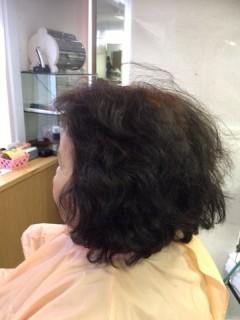 1.パーマをかける前のツヤがないボロボロの髪